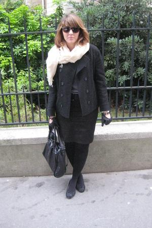 Marc Jacobs purse - vintage coat - Zara skirt - Repetto shoes