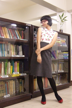 Fornari top - skirt - socks - Millies shoes - Apple & Eve jacket