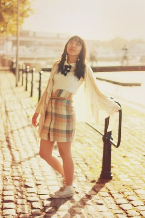 motelrocks skirt - new look top - Converse shoes - next cardigan