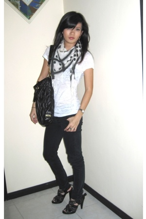 forever 21 t-shirt - Cheap Monday jeans - Zara scarf - Miu Miu purse - Zara shoe