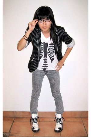 Zara blazer - DIY t-shirt - 7 for all mankind jeans - doc martens boots