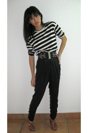 Zara t-shirt - Topshop pants - H&M belt - PedderRed shoes
