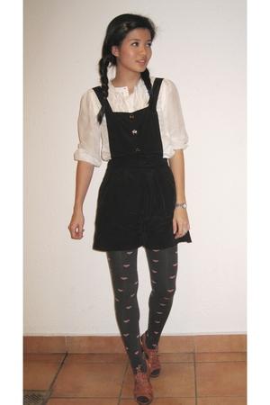 white blouse - black Miss Selfridges shorts - gray Topshop leggings - brown Pedd