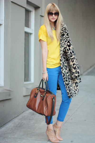 nude loeffler randall shoes - blue Zara pants - yellow Zara top