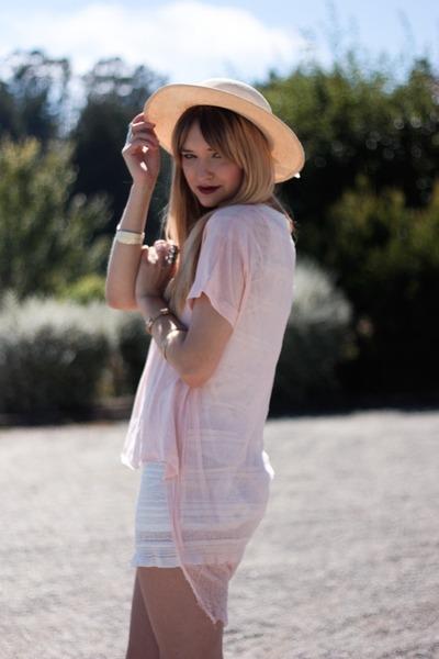 pink ROUGE et NOIR top