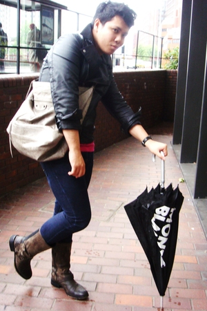 H&M jacket - American Apparel t-shirt - Primark jeans - All Saints boots - balen