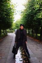 coat - shirt - vest - jeans - boots - accessories