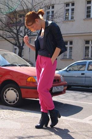 hot pink H&M pants - black Schuh shoes