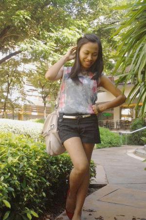 chiffon blouse - red flat shoes - ivory vintage bag - black striped shorts