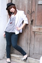 blazer - hat - jeans - necklace - necklace - shoes