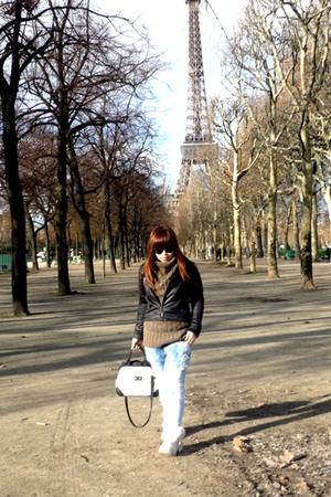 black jacket - blue jeans - brown c&a top - black purse - black sunglasses