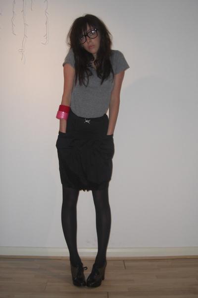 American Apparel t-shirt - H&M skirt - M by MJ shoes