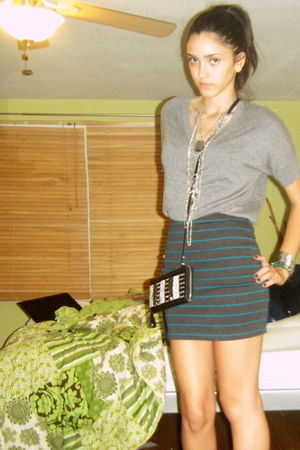 gray H&M sweater - gray Forever 21 skirt - gray apt 9 boots - silver Forever 21