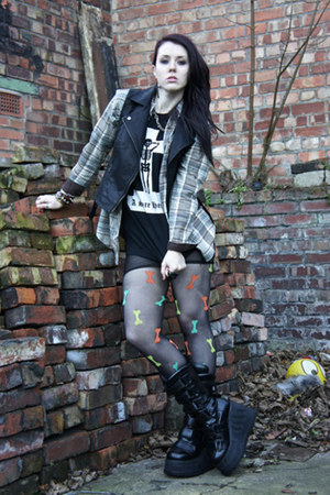 bones Henry Holland for Pretty Polly tights - rocker Sella boots