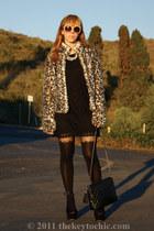 grettta Steve Madden heels - faux fur H&M coat - vintage I Magnin bag