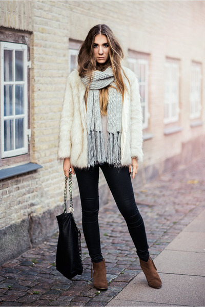 faux fur Choies jacket - suede Selected Femme boots