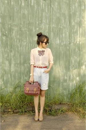 ruby red pull&amp;bear bag - nude shirt - light blue thrifted shorts