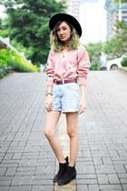 pink floral knit sweater - black H&M boots - black wide brim Forever 21 hat