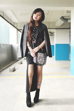 black Decimal Shoes boots - black bag - brick red H&amp;M belt