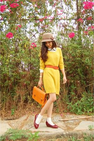 camel hat - gold Gaudi dress - ivory shirt - burnt orange Elbelle Shop bag