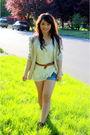 Beige-thrifted-blazer-beige-forever-21-blouse