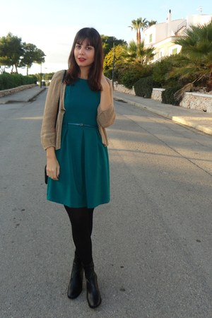 Jaime Mascaró boots - pull&bear dress - Primark bag - Mango cardigan