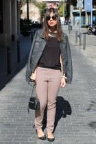 H&M pants - Bershka jacket - Primark bag - H&M t-shirt - River Island necklace
