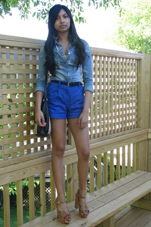 blue shorts - sky blue shirt - black bag - bubble gum Steve Madden sandals
