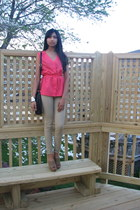 bubble gum top - black bag - camel pants - camel simply vera wang clogs