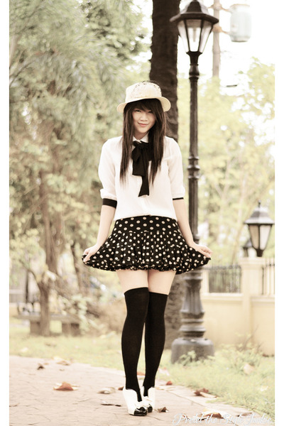 white bow Mart of China boots - white vintage none hat
