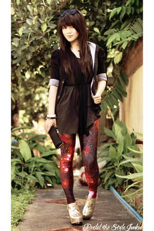 gold Mart of China boots - red galaxy romwe leggings - black landmark blazer