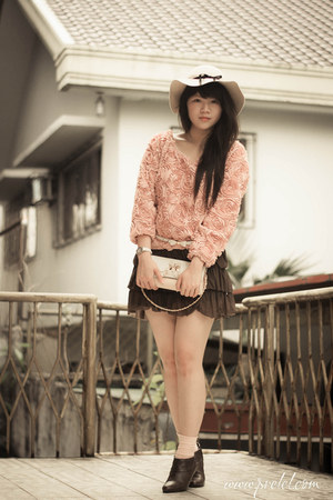 pink rose romwe blouse - white no brand belt - white Murano Shop PH watch