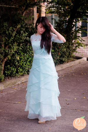 light blue Rosa Novias dress