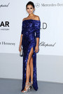 Blue-glitter-sequins-elie-saab-dress-silver-heels