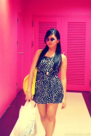 dress - yellow bag bag - shades sunglasses - classic black ring - 2 hearts neckl