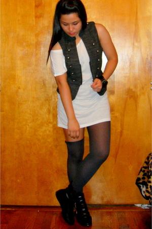 Forever 21 vest - Forever 21 top - Forever 21 leggings - UrbanOG boots