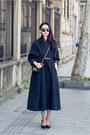 Coat-coat