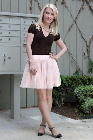 pink Forever 21 skirt - brown Bebe top