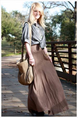black sam edelman boots - beige fringe bag omnatura bag - teal abalone pendant H
