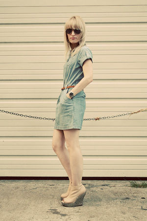 blue chambray BDG dress - beige Jeffrey Campbell shoes - brown Forever 21 belt