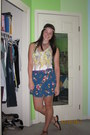 Top-floral-mini-skirt-ikat-sandals