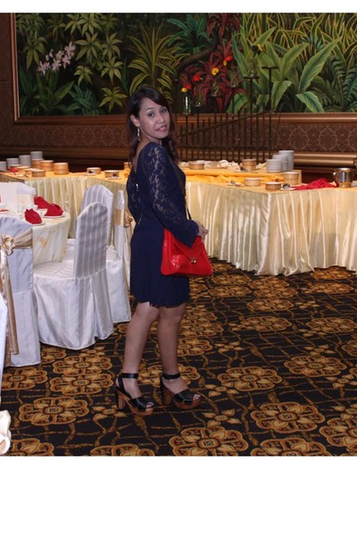 navy lace Zara dress - red leather Padini bag