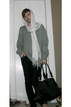 le chateau scarf - H&M sweater - Levis jeans - H&M purse