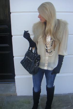 Topshop jeans - Quiz blouse - Primark boots - balenciaga purse - Primark necklac