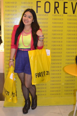 black boots - hot pink Zara blazer - navy H&M shorts - bubble gum belt - yellow