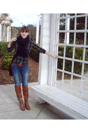 blue homemade scarf - gray Urban Outfitters shirt - blue Hudson jeans - gray Fos
