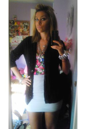 black Old Navy cardigan - pink Forever 21 blouse - gray Bebe skirt - silver Fore