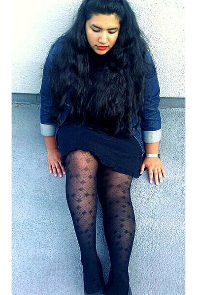 navy denim Old Navy jacket - black dress - black diamond tights