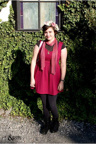pink scarf - magenta Kimchi Blue dress - black Insight panties