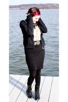 black scarf - bronze belt - black American Apparel skirt - bronze Betsey Johnson
